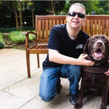 A incrível história de Alexandre Reis, o cego que tem um cão-guia…cego e00c585059